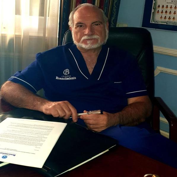 imagen de Doctor joaquin garcia aparicio clinica renacimiento