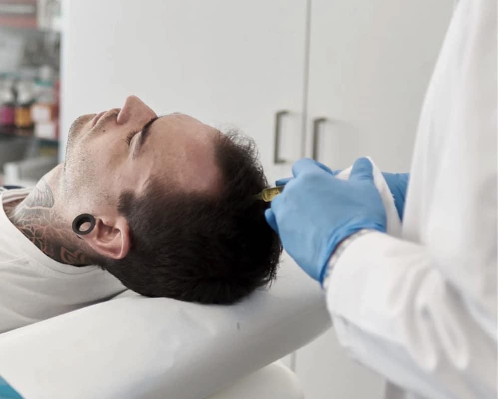 imagen de terapia capilar renacimiento madrid y marbella estetica facial