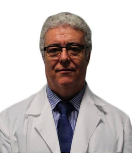 imagen de doctor andres merlo microinjerto